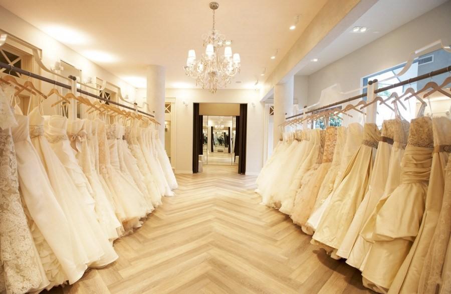 Có nhiều địa chỉ thuê áo cưới đẹp giá rẻ ở tphcm