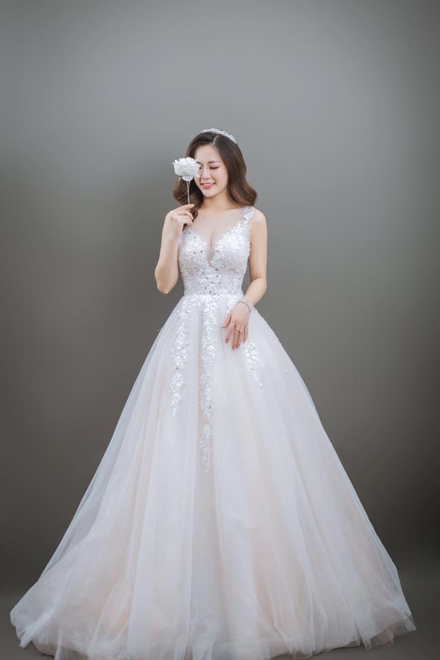 Hãy tham khảo giá thuê áo cưới tầm trung