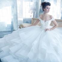 Màu sắc váy cưới cho mùa cưới năm nay